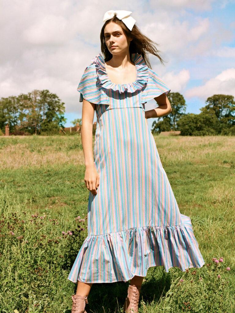 La la Lady Peggy Lipton Dress
